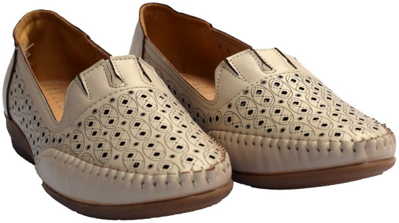 Super Star Brand Adya Loafers(Beige)