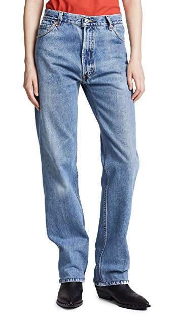 RE/DONE The Loose Jeans in Indigo Rinse. Non-stretch, high-rise, straight cut, light fading denim