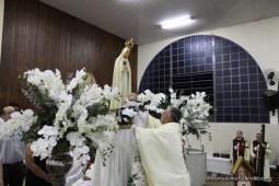 Durante as missas foram apresentadas duas crianças à comunidade