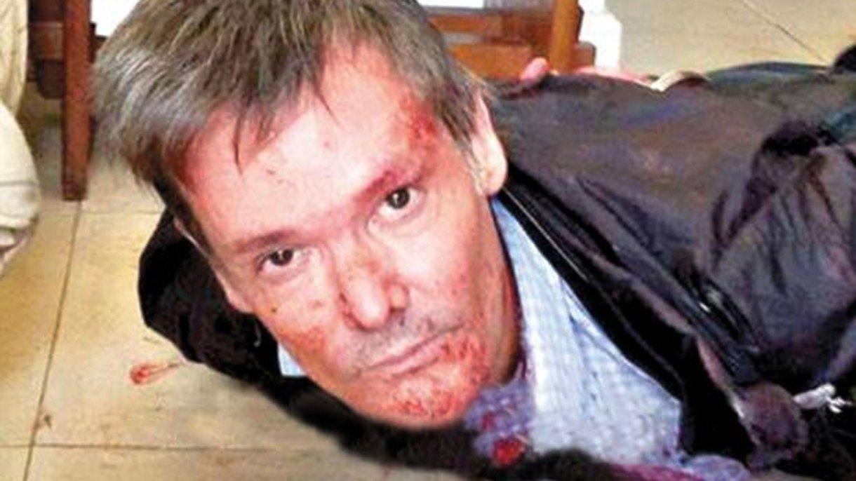 Fernando Farré,instantes después delfemicidio de su esposa