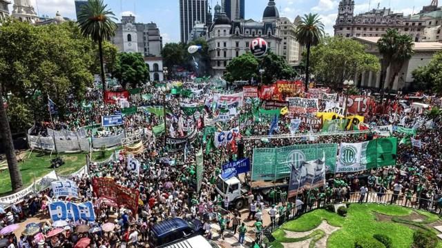 Marcha de CGT, ATE y UPCN (Foto de archivo)