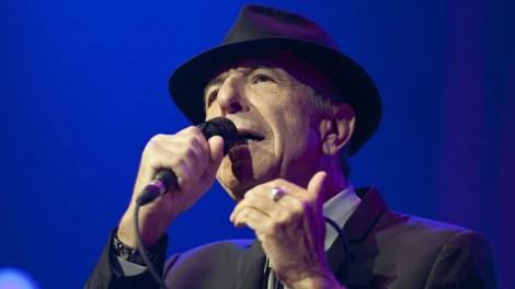 El poeta, compositor y cantante de origen canadiense, Leonard Cohen, falleció el 7 de noviembre. Tenía 82 años