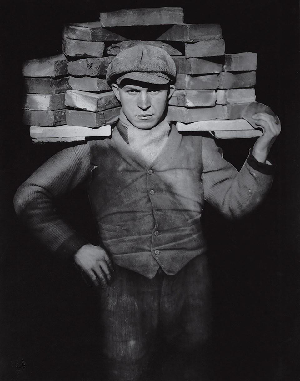 """""""Albañil"""" (August Sander, Alemania, 1928)"""