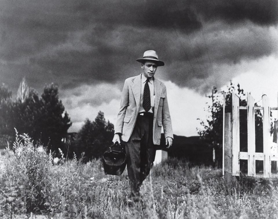 """Médico de campo"" (W. Eugene Smith, Estados Unidos, 1948)"