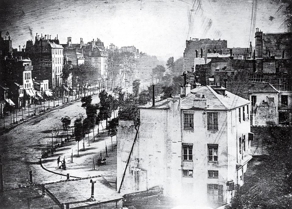 """Boulevard del Templo"" (Louis Daguerre, Francia, 1839)"