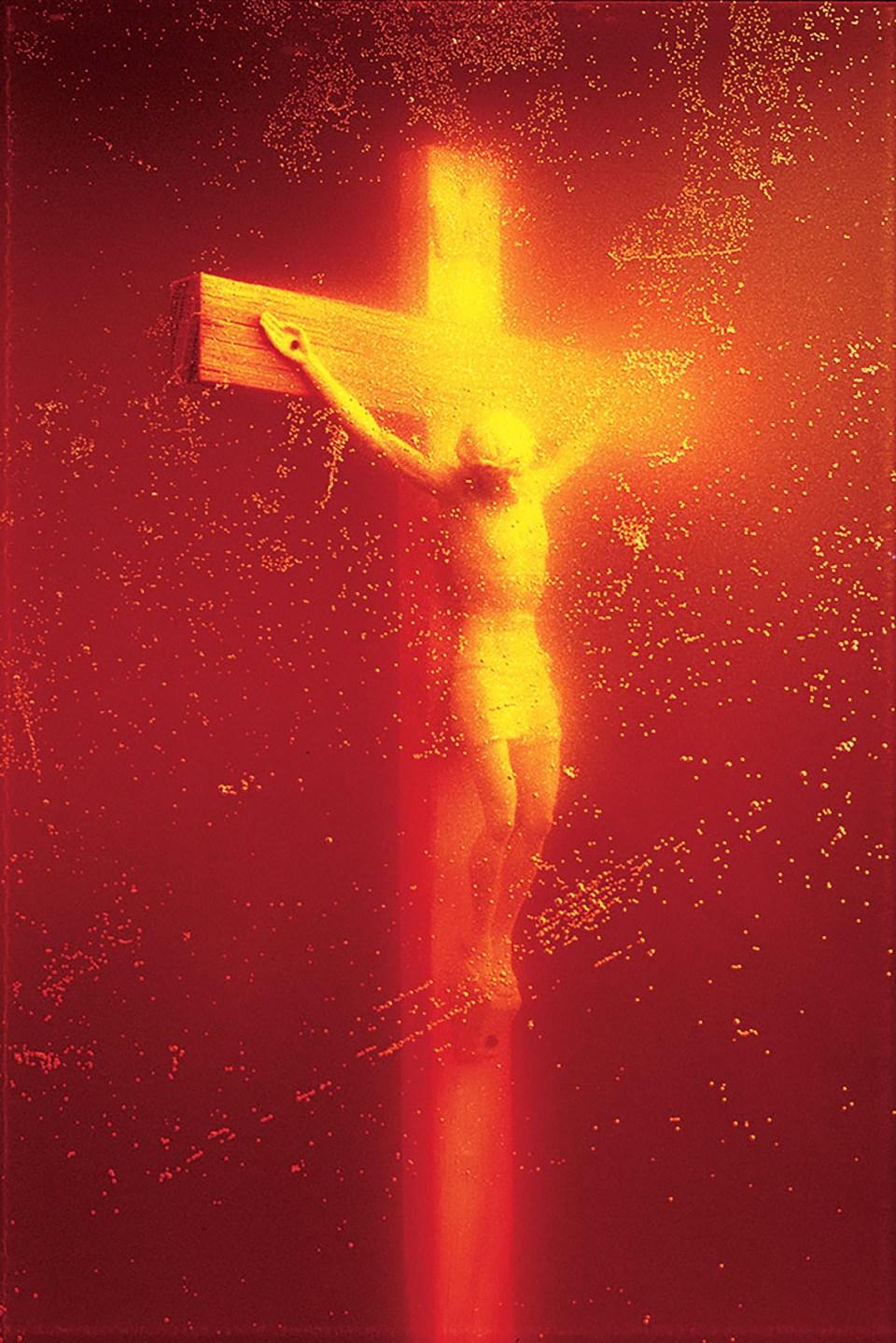 """""""Inmersiones (Cristo de Pis)"""" (Andres Serrano, Estados Unidos, 1987)"""
