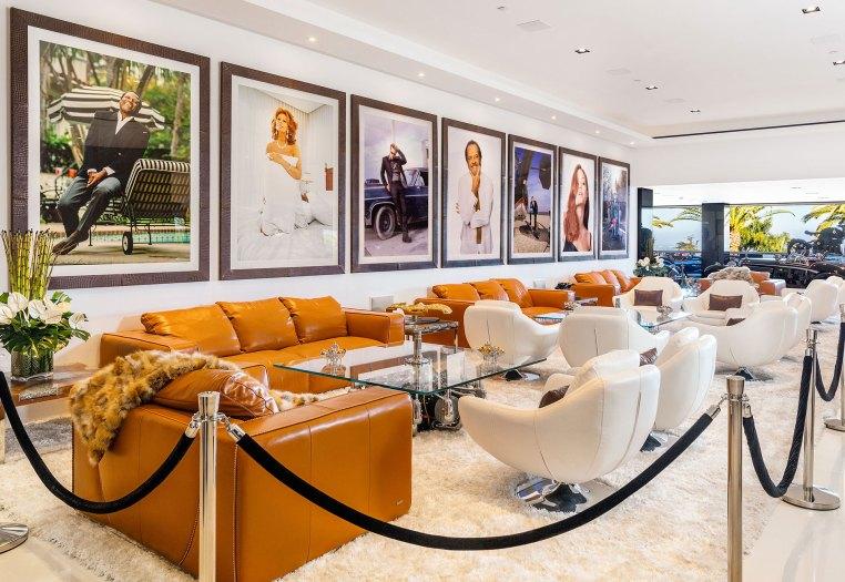 Las obras de arte se repiten en cada rincón de la propiedad (BAM Luxury Development)