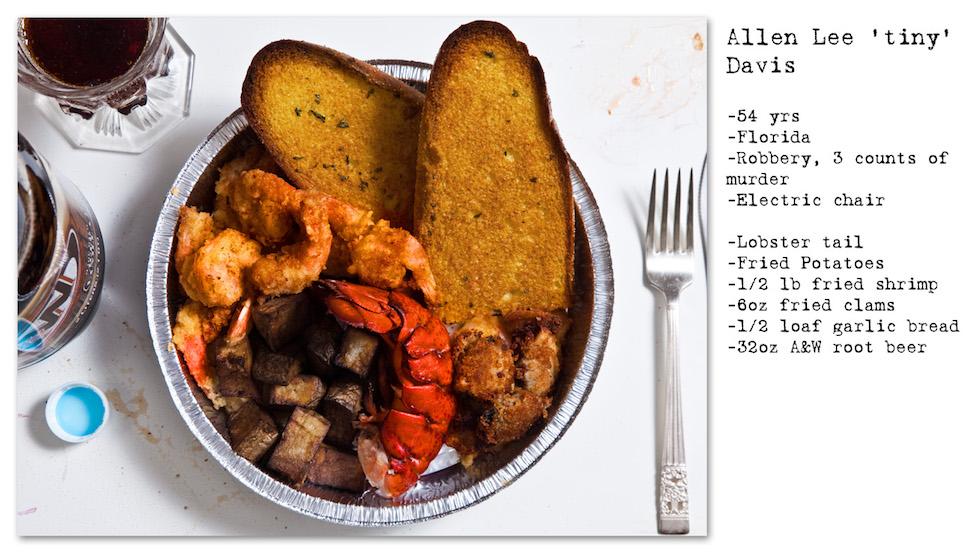 """Allen Lee """"Tiny"""" Davus: 54 años; Florida; robo, 3 homicidios. Pidió: cola de langosta, papas fritas, camarones fritos, pan con ajo, almejas fritas, y para beber, A&W Root Beer (No Seconds – Henry Hargreaves)"""