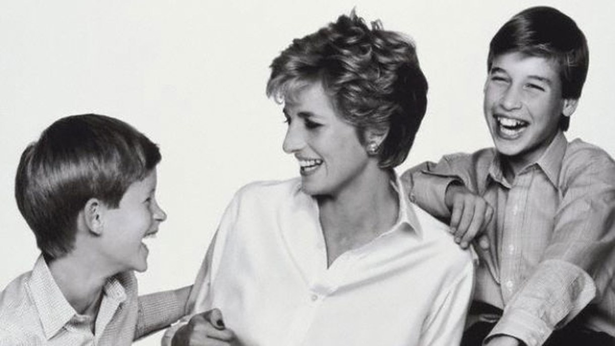 Lady Di con sus hijos Harry y William