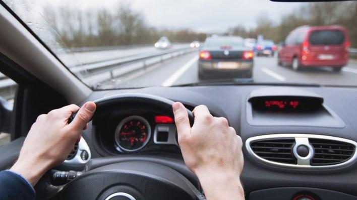 """Adoptar tips de una """"conducción eficiente"""" no solo permite ahorrar energía (y dinero) en el consumo del combustible, sino que reduce los costos de mantenimiento"""