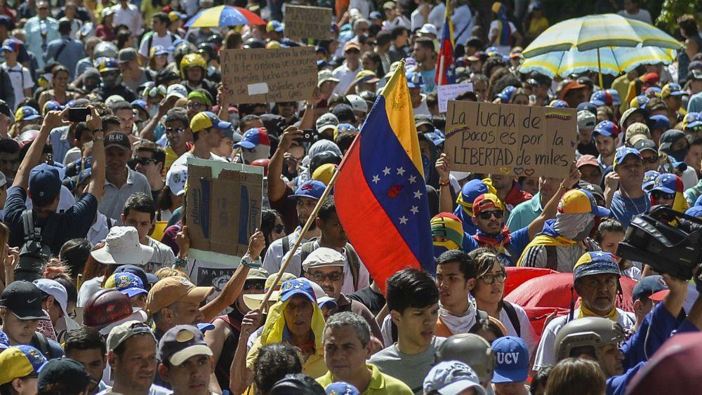 Los venezolanos protestan contra Maduro (AFP)