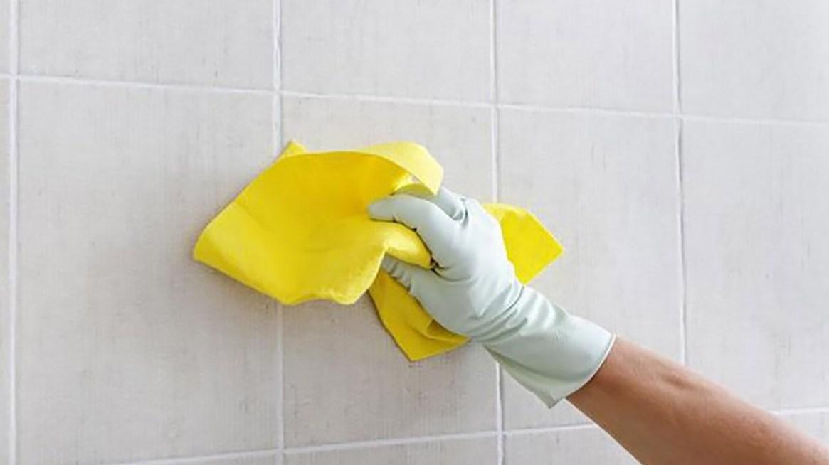 Dentro de las tareas más difíciles y más importantes se encuentra limpiar el baño (Foto: archivo)