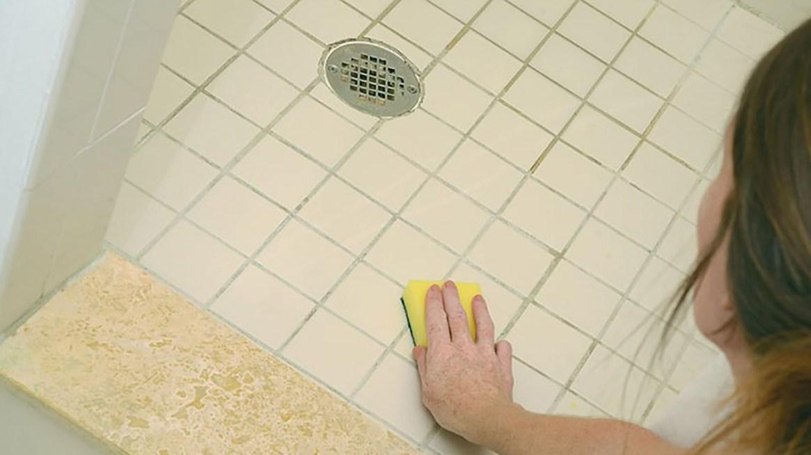 En el 73% de los hogares las mujeres se hacen cargo mayormente de las tareas de limpieza del hogar