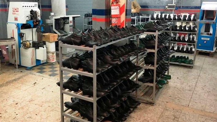 La industria del calzado sufre por la caída del consumo y las importaciones