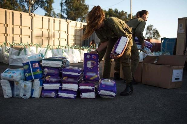 Acumulación de insumos humanitarios en la frontera