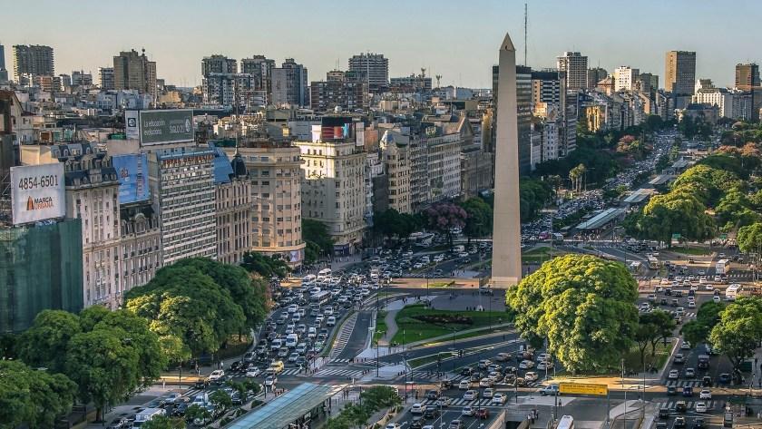 Por otro lado, al observar el ciclo del mercado, la ciudad se encuentra en un estado de renta elevada con un promedio de USD 33 m2/mes, que se preserva en parte por el reducido tamaño del inventario de oficinas (iStock)