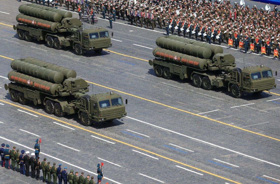 Rusia hace alarde de sus S-400 en un desfile en la Plaza Roja de Moscú (Reuters)