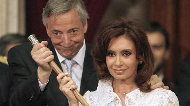 Según la Justicia, los bolsos de dinero de coima eran repartidos entre el domicilio de la familia Kirchner, la Quinta de Olivos y Jefatura de Gabinete