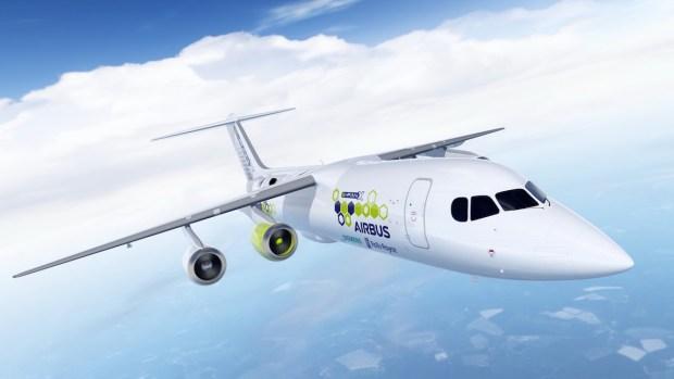 El avión concepto de tecnología híbrida-eléctrica E-Fan X volará en 2020