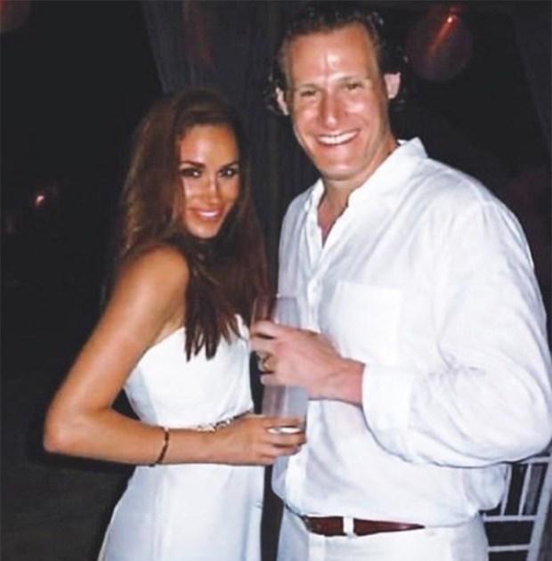 Meghan y Trevor el dìa de su casamiento en Jamaica