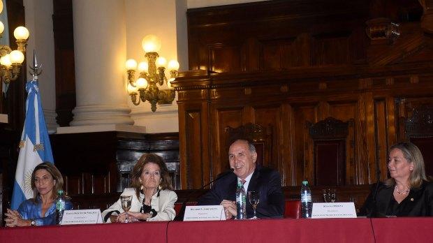 Elena Highton de Nolasco y Ricardo Lorenzetti
