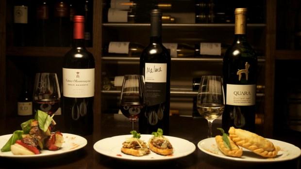 """El Querandí ofrece degustaciones con el concepto de """"La Ruta del Vino Argentino"""" con maridajes a cargo de sommeliers expertos."""