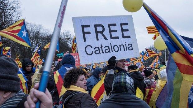 Entre los reclamos de los catalanes en bruselas estuvo la liberación de los presos políticos (AFP)