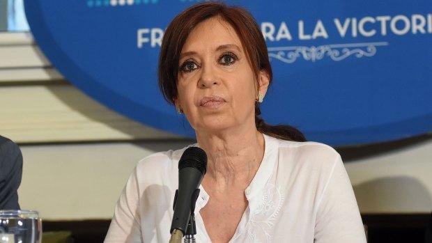 Cristina Kircher (Nicolás Stulberg)