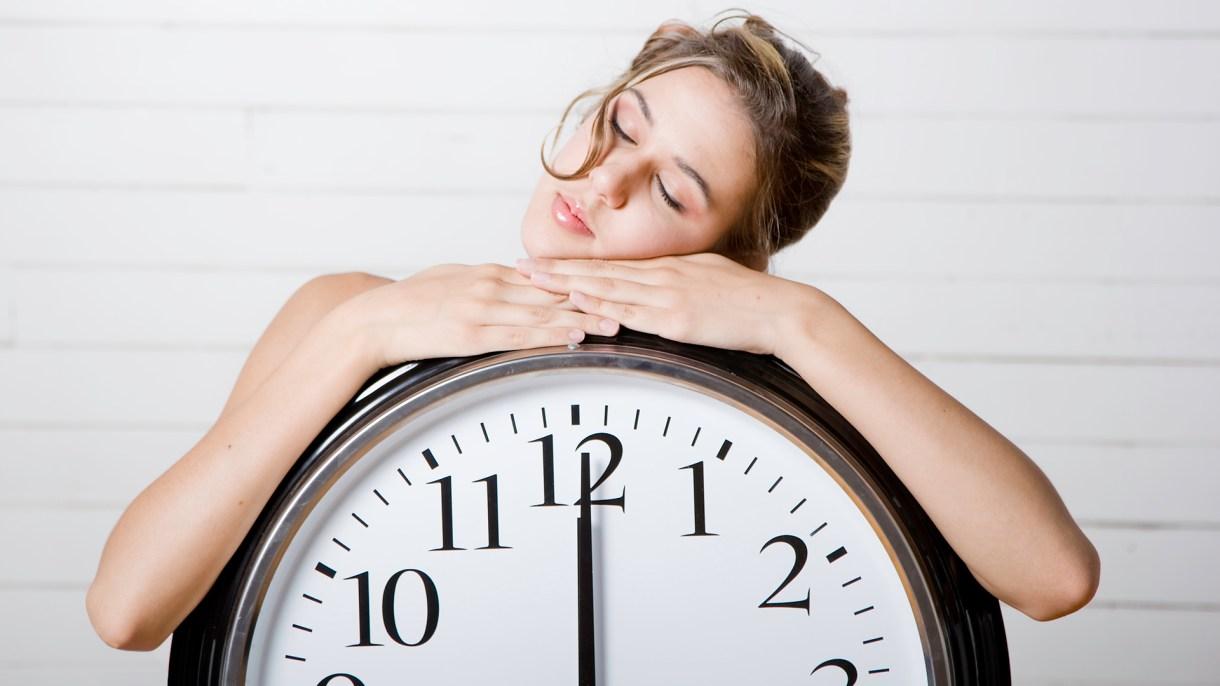 Es importante para el organismo dormir apropiadamente para poder rendir al 100% al otro día (Getty Images)