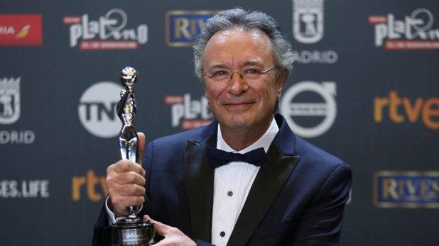 Oscar Martínez multipremiado en el mundo