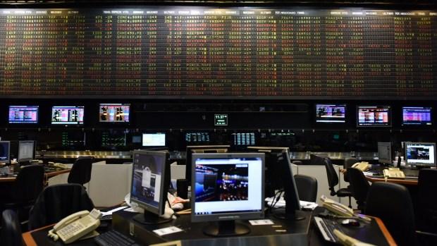 Algunos operadores advierten que hay precios de acciones que están sobrevaloradas (Adrián Escandar)