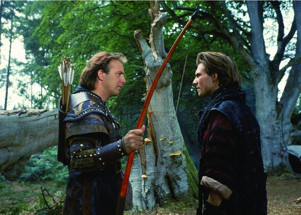 """El cantante canadiense Bryan Adamsinterpretó""""Everything I Do"""", el tema principal de la película."""