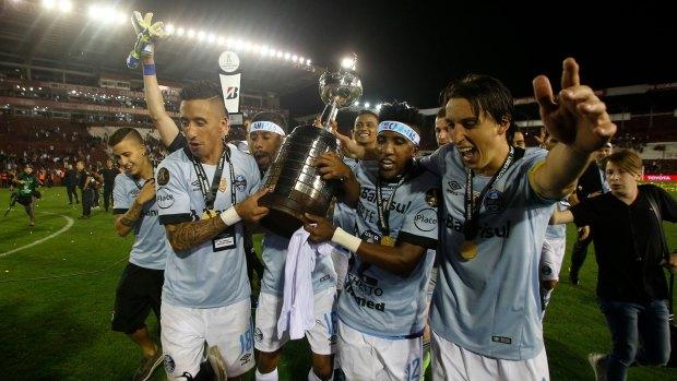El delantero viene de ser campeón de la Copa Libertadores con el Gremio (Getty)