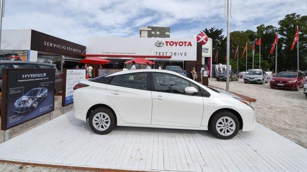 La Caravana de Prius parte del espacio Toyota en Pinamar.