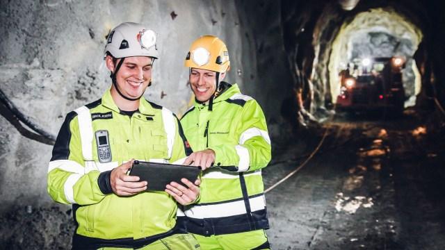 Hace años que los trabajadores de la minera (aquí, en la sede deKristineberg) son parte de la automatización y trabajan rutinariamente en sus tabletas (Tomas Westermark/Boliden)