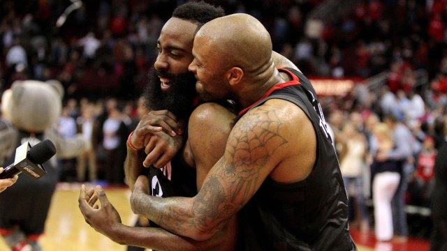 (Reuters) Los Rockets quieren meterse en la lucha por el anillo de la NBA