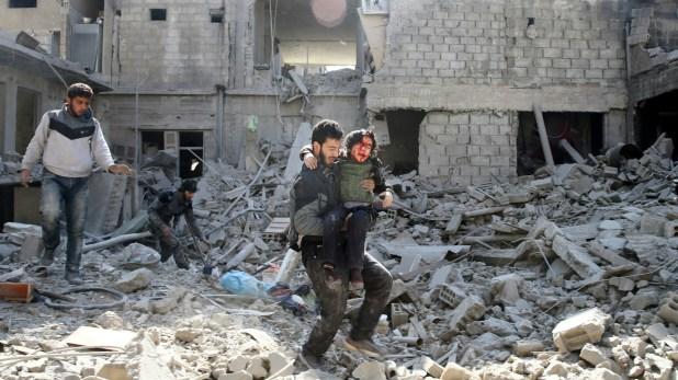 Casi 1000 personas han muerto en las últimas semanas por los bombardeosaéreos