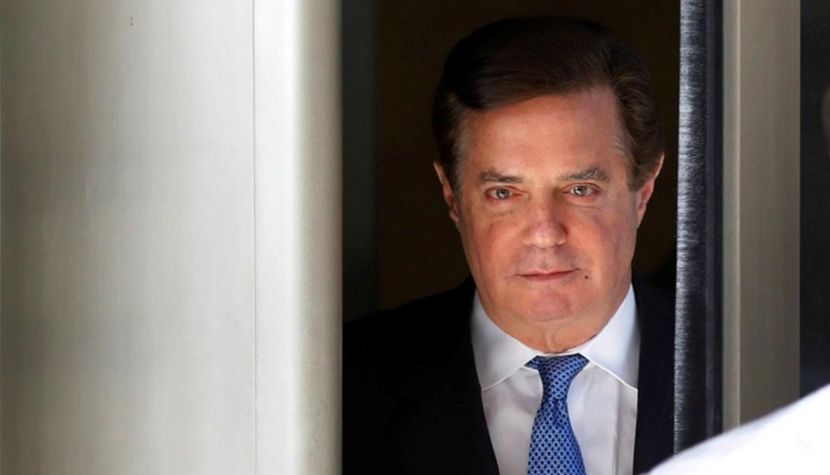 Paul Manafort, ex jefe de campaña de Donald Trump, está preso como resultado de la investigación de Robert Mueller. Se le probaron múltiples contactos con agentes rusos (REUTERS/Yuri Gripas)