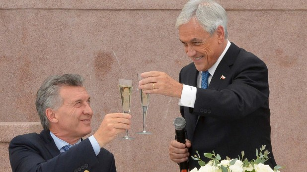 Macri y Piñera, en el almuerzo de asunción del presidente chileno