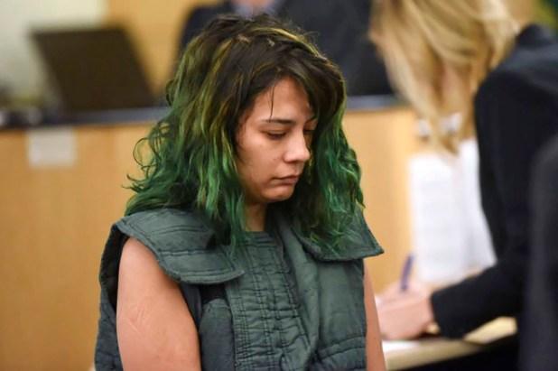 Emily Javeir escucha las acusaciones en su contra en la Corte de Camas, Portland (AP)