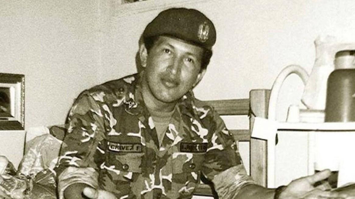 Hugo Chávez en prisión, tras el golpe de Estado fallido que lideró en 1992