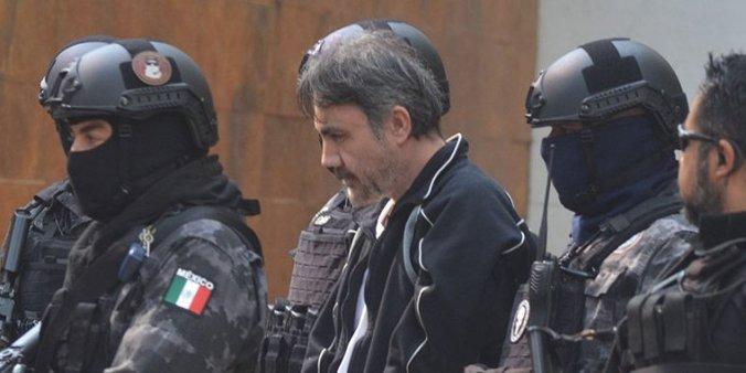 """""""El Licenciado"""" durante su traslado al penal de Ciudad Juárez, en Chihuahua (Foto: Archivo)"""