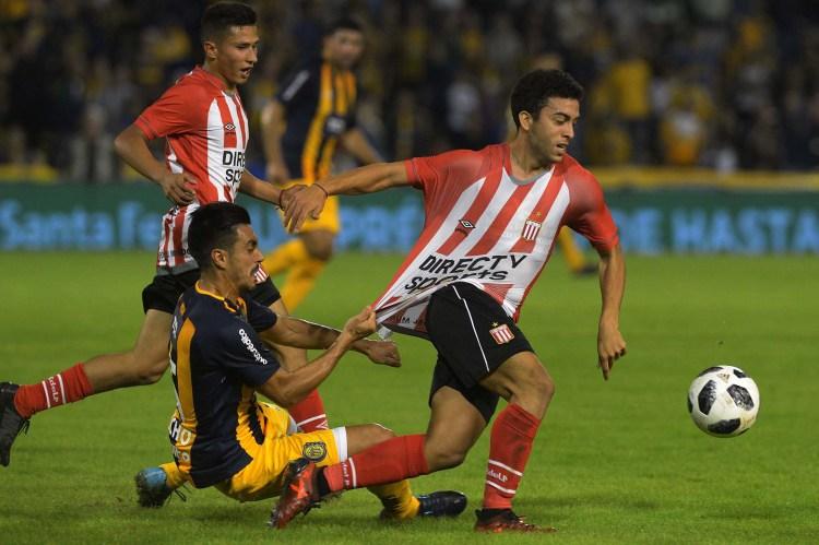 Rosario Central enfrenta a Estudiantes por la 27ma y última fecha de la Superliga. (Télam)