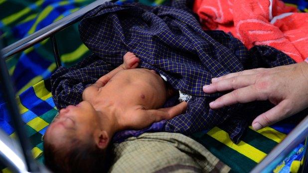 """""""Es inevitable que haya un pico de nacimientos por la frenética violencia sexual de agosto y septiembre pasado"""", señaló Andrew Gilmore, funcionario de Derechos Humanos de la ONU"""