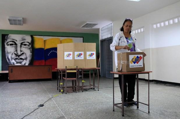 La oposición nucleada en la MUD llamó a boicotear las elecciones en Venezuela (AFP)