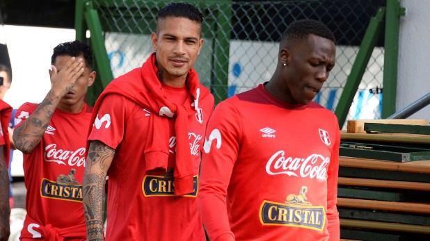 (EFE) Paolo Guerrero ya se entrenó con Perú