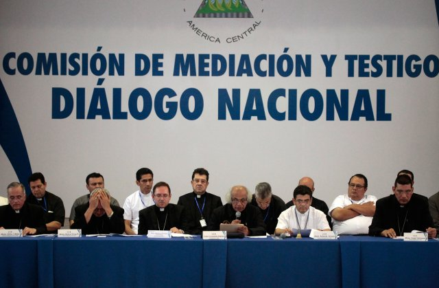 En la mesa de diálogo nacional en Managua se vivieron momentos tensos el pasado viernes. (REUTERS/Jorge Cabrera)
