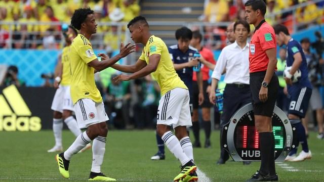 Pekerman, para reacomodar el equipo tras la expulsión de Sánchez, decidió el ingreso de Wilmar Barriosen reemplazo de Juan Cuadrado (REUTERS/Ricardo Moraes)