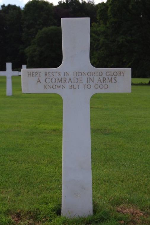 Antes de que Julius Pieper fuera enterrado en Normandía, el cuerpo del militar estuvo en un cementerio de Bélgica (Cortesía de Susan Lawrence)
