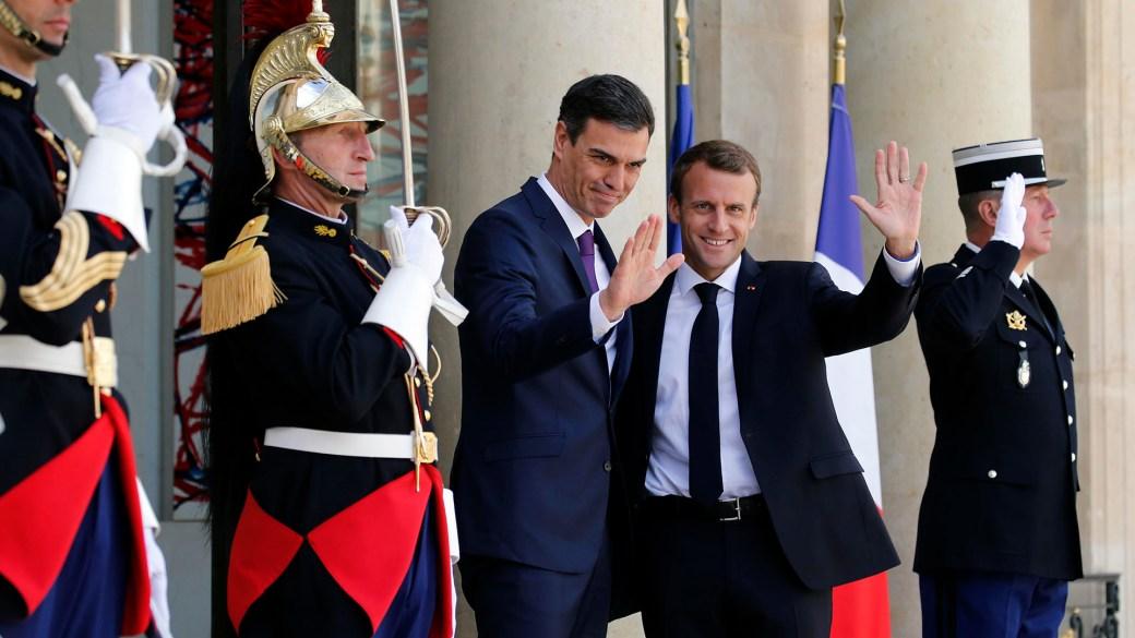 Emmanuel Macron recibió a Pedro Sánchez (Reuters)